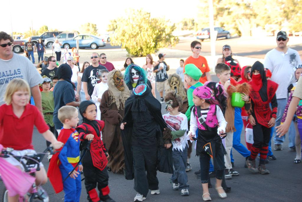 Tri-Community Halloween20111031_105
