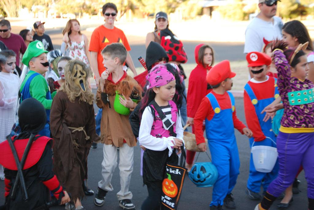 Tri-Community Halloween20111031_106