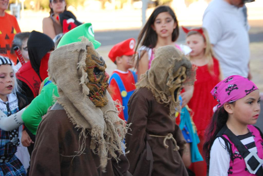 Tri-Community Halloween20111031_107