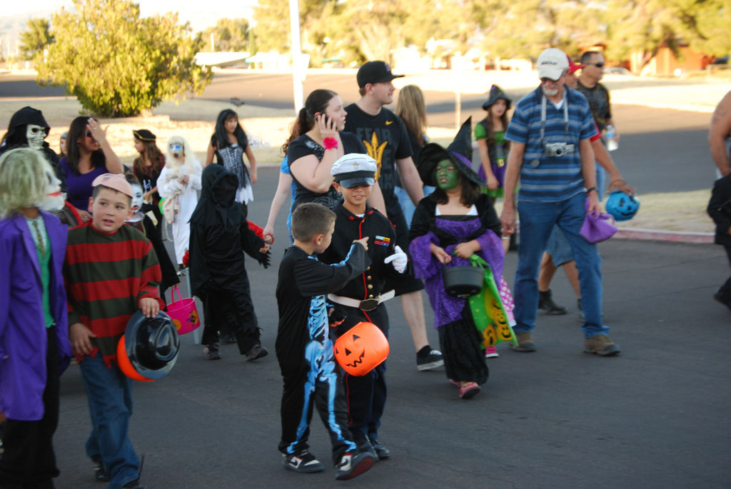 Tri-Community Halloween20111031_116