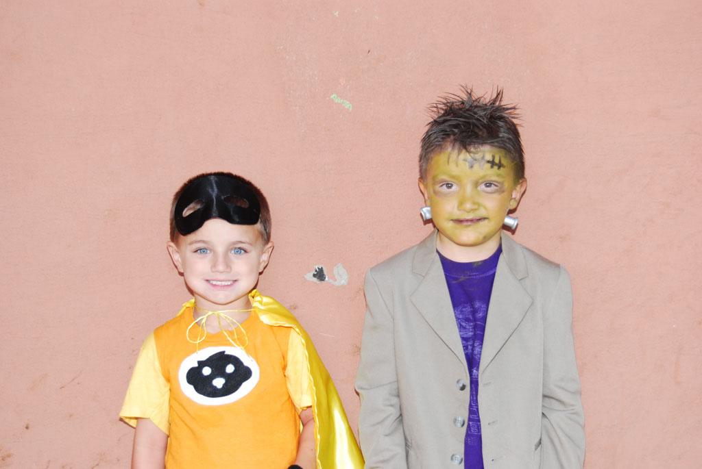 Tri-Community Halloween20111031_117