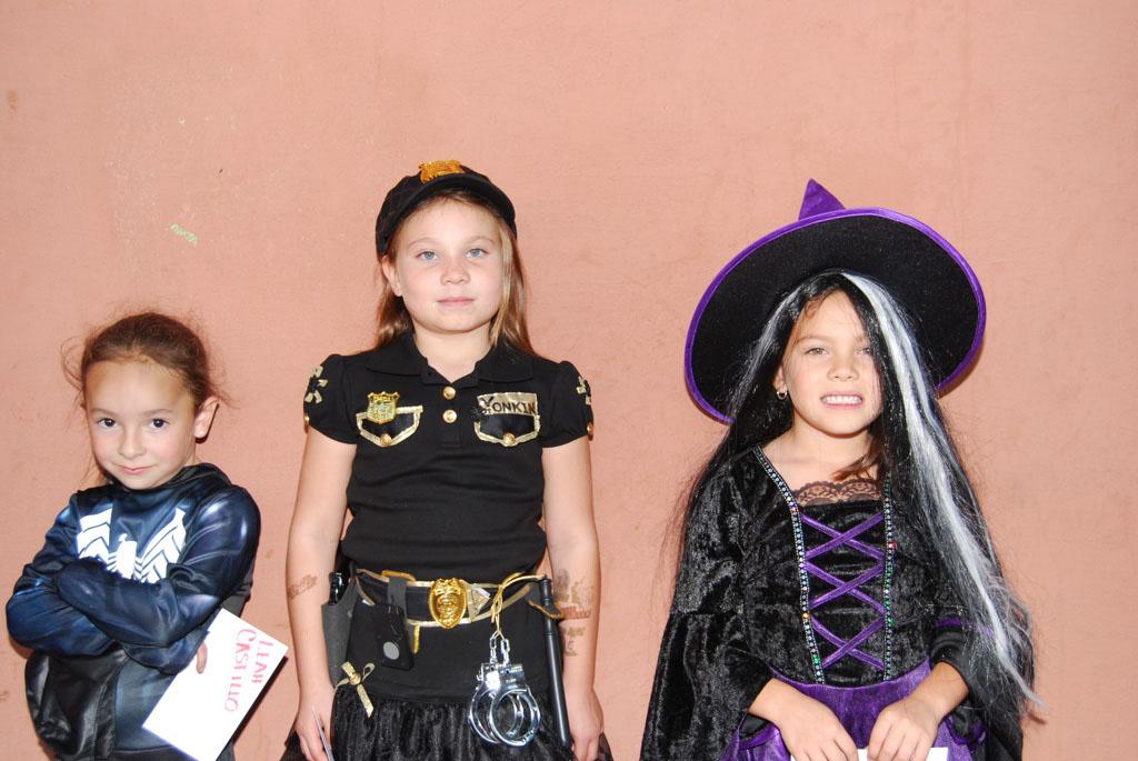 Tri-Community Halloween20111031_118