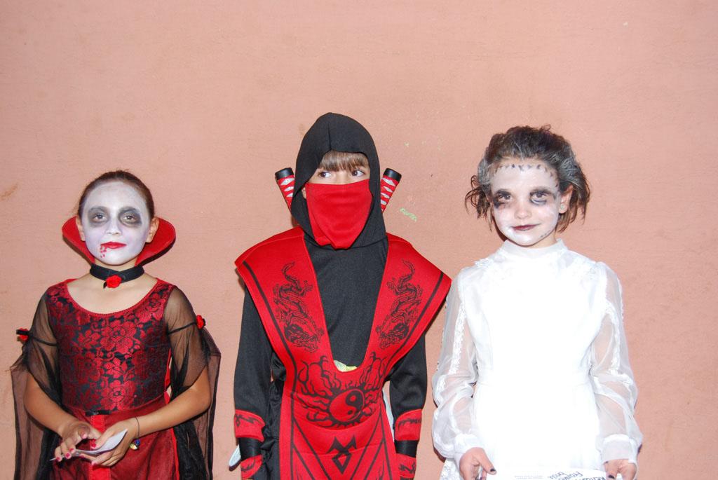 Tri-Community Halloween20111031_122