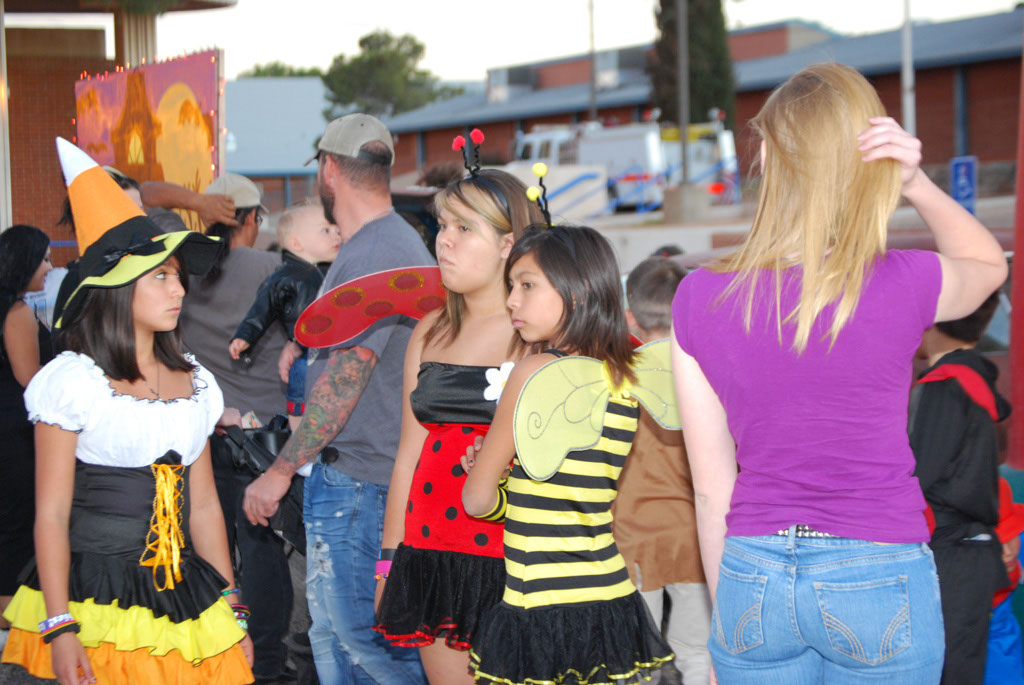 Tri-Community Halloween20111031_127