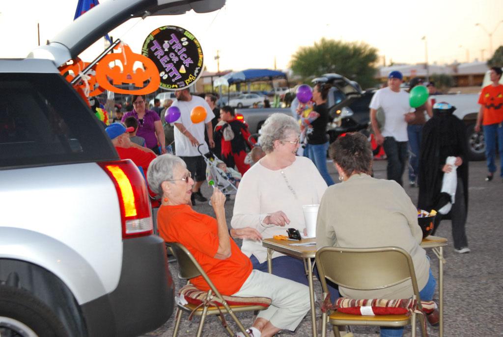 Tri-Community Halloween20111031_131