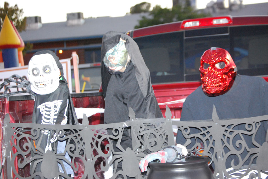 Tri-Community Halloween20111031_136