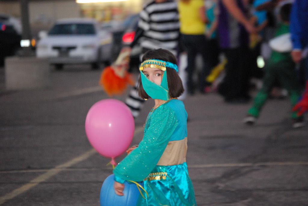 Tri-Community Halloween20111031_140