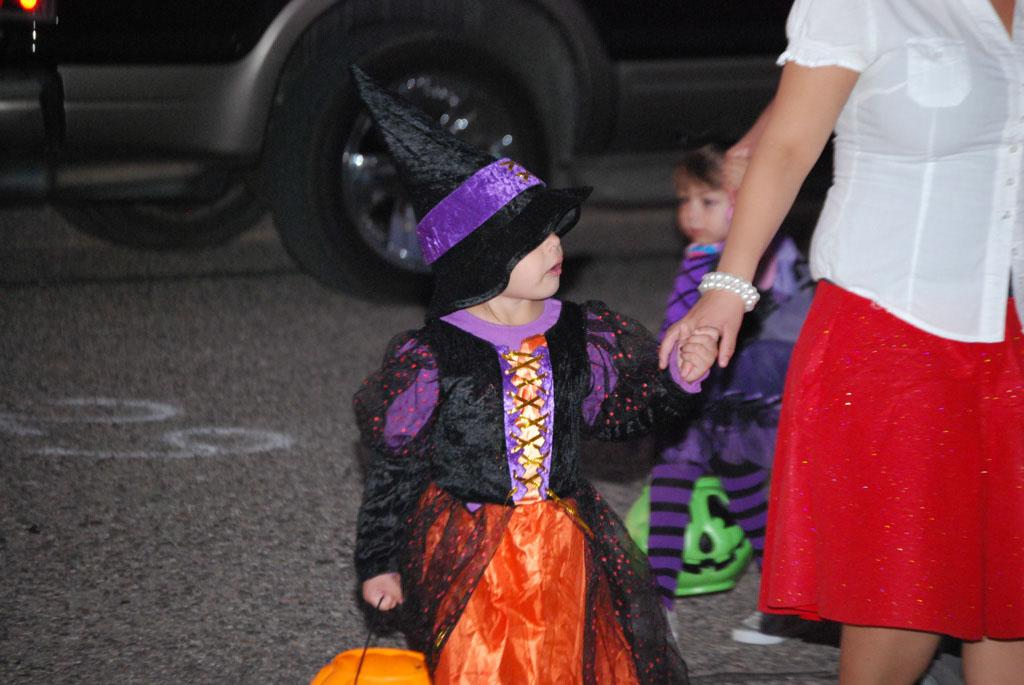 Tri-Community Halloween20111031_157