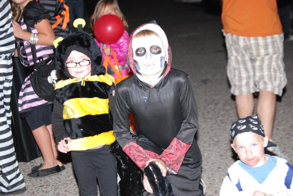 Tri-Community Halloween20111031_163