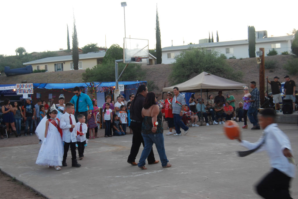 Blessed Sacrament Church Fiesta 2012_123