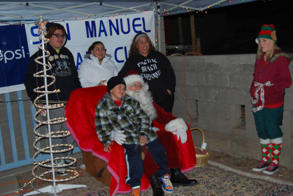 Bonfire & an evening with Santa_050