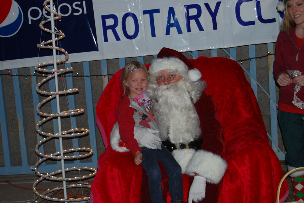 Bonfire & an evening with Santa_058