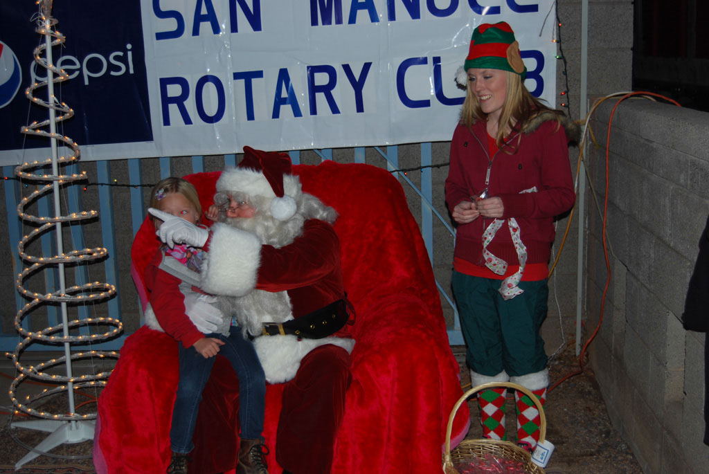 Bonfire & an evening with Santa_059