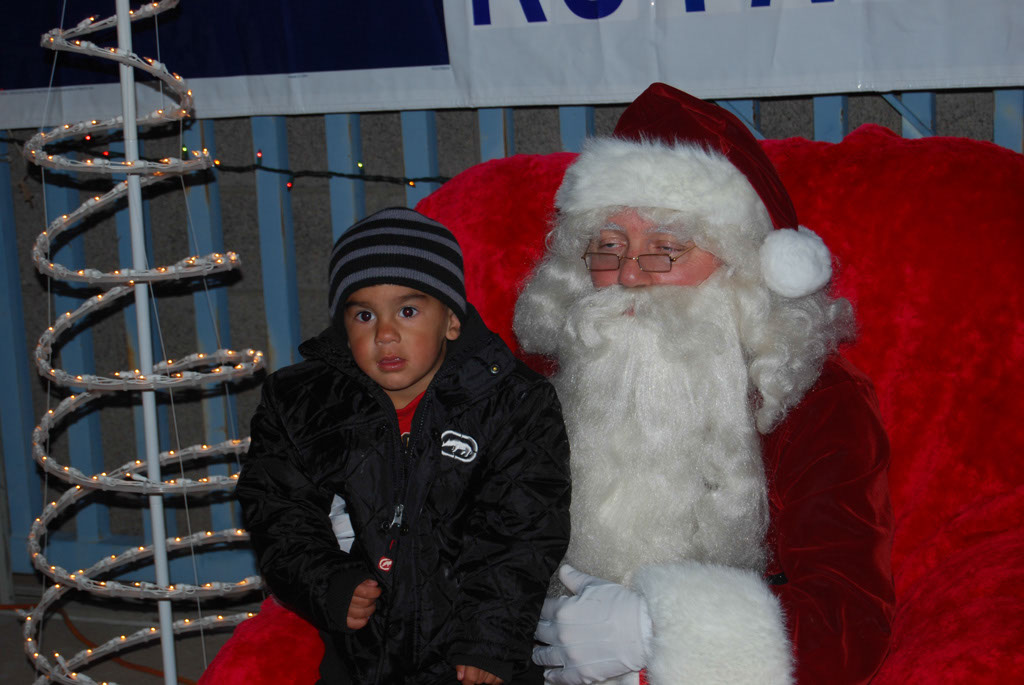 Bonfire & an evening with Santa_068