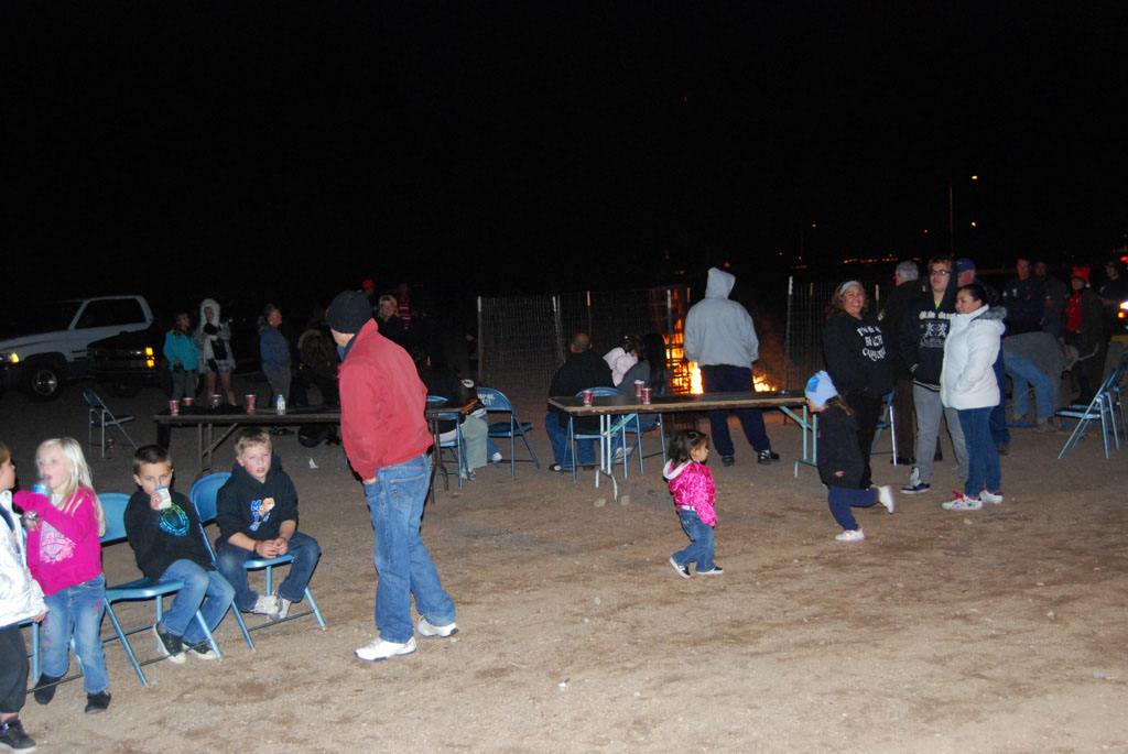 Bonfire & an evening with Santa_072