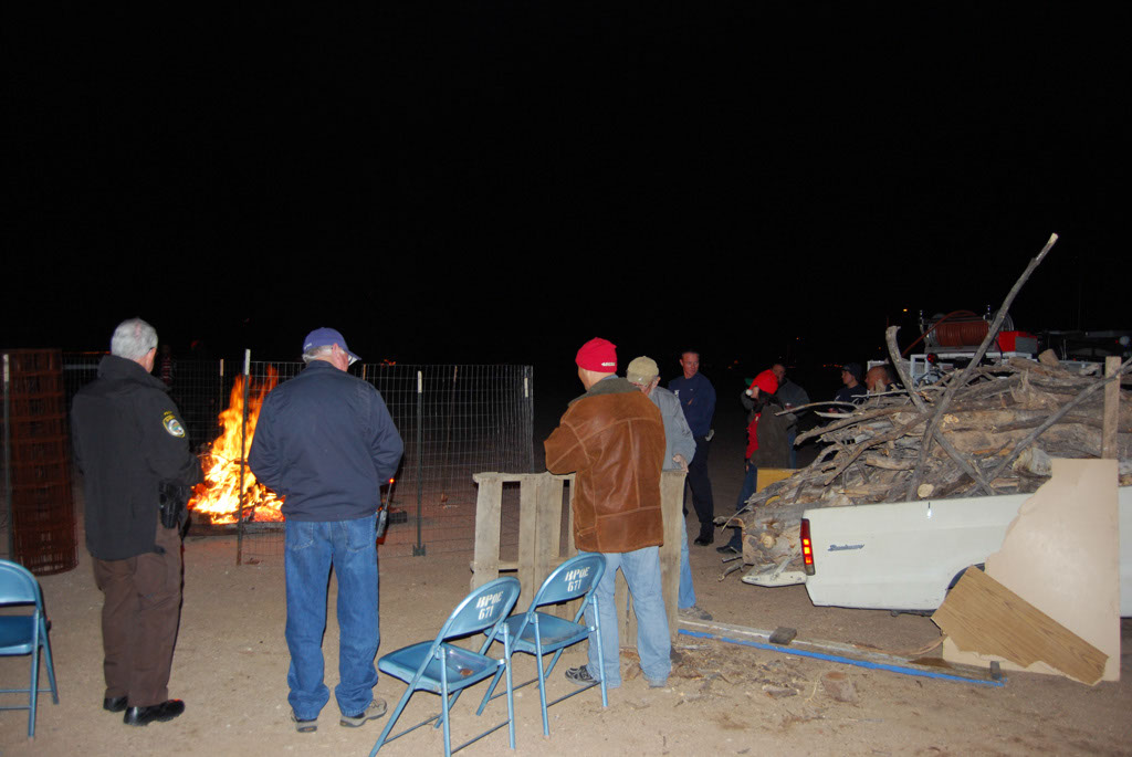 Bonfire & an evening with Santa_073