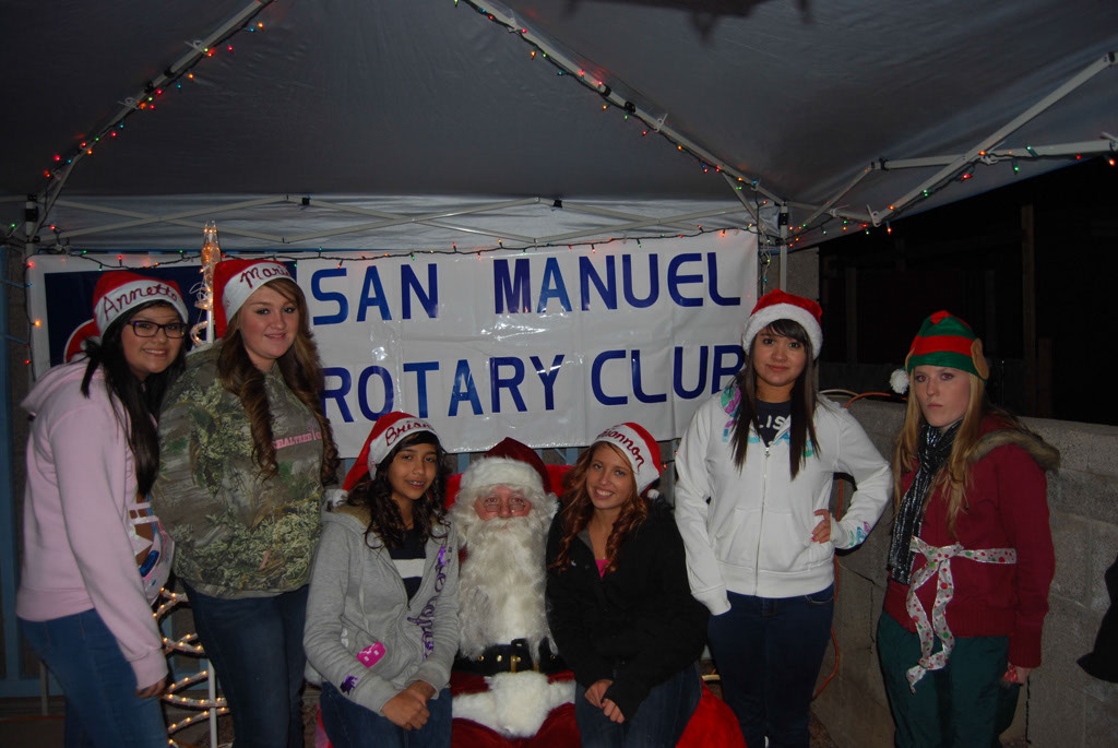 Bonfire & an evening with Santa_077