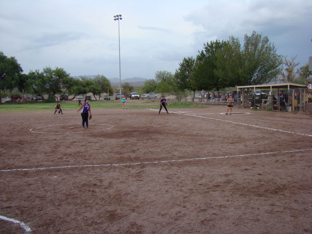 Girls-Fastpitch-Softball_002