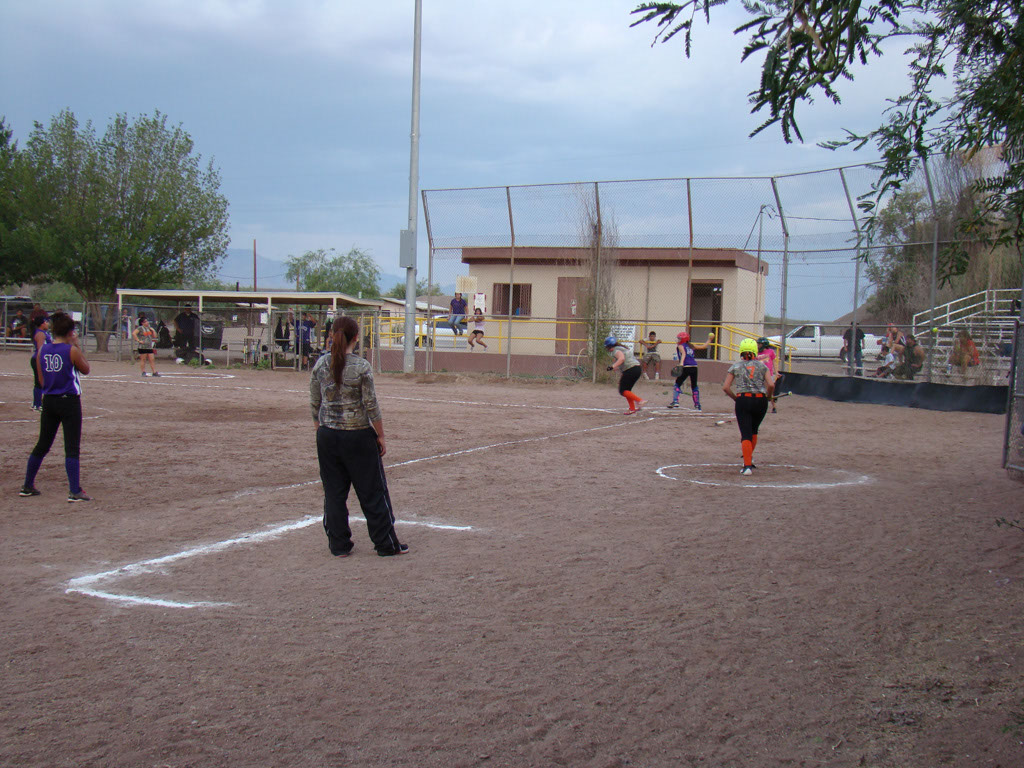 Girls-Fastpitch-Softball_004