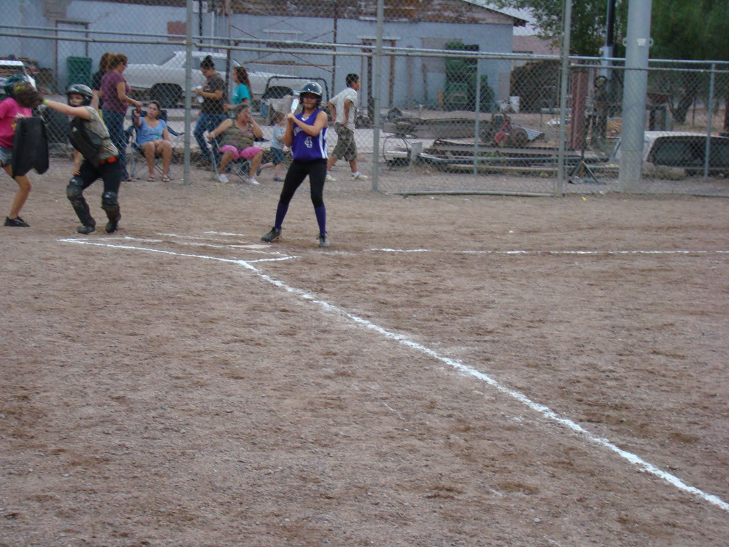 Girls-Fastpitch-Softball_012