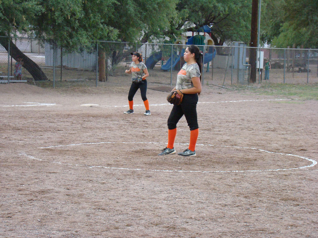 Girls-Fastpitch-Softball_013