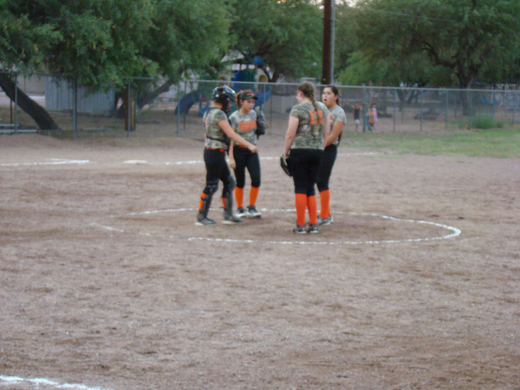 Girls-Fastpitch-Softball_017