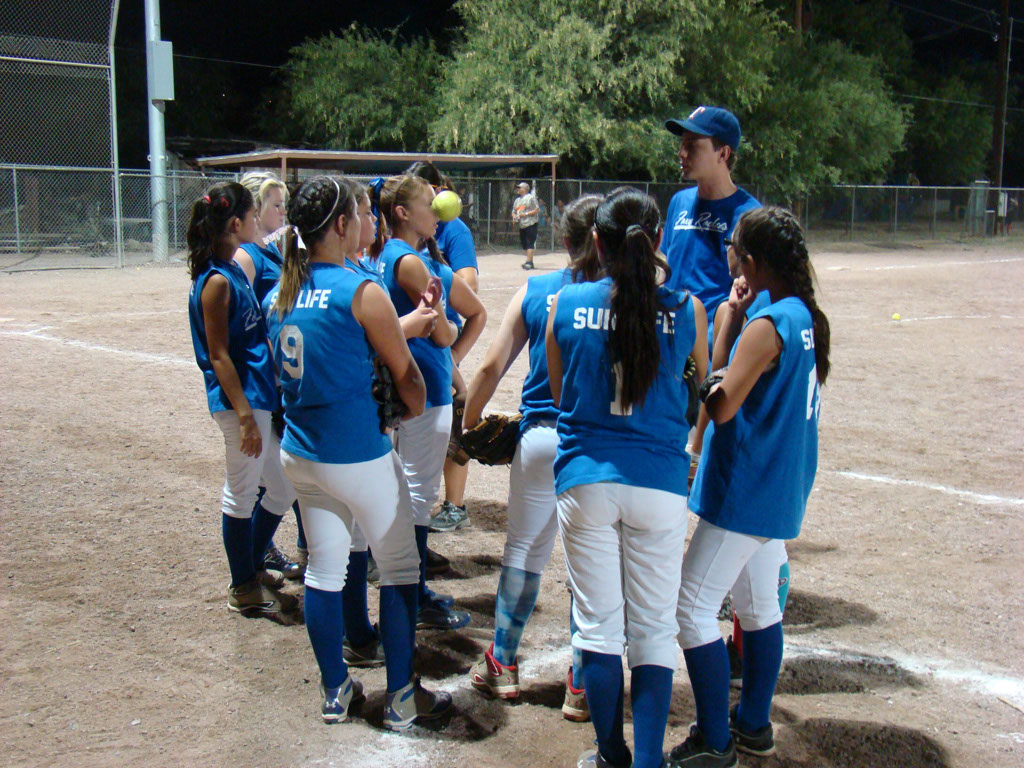 Girls-Fastpitch-Softball_038