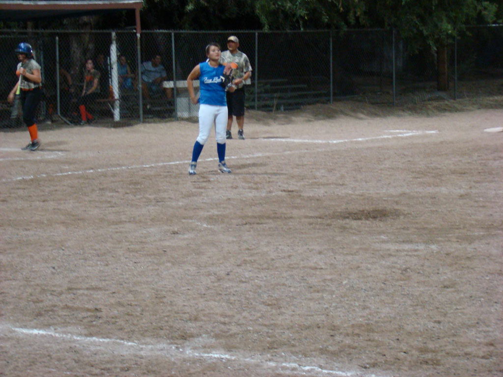 Girls-Fastpitch-Softball_041