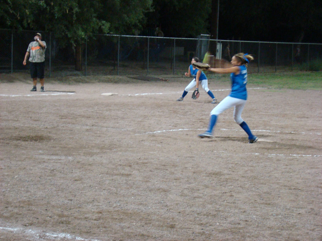 Girls-Fastpitch-Softball_045