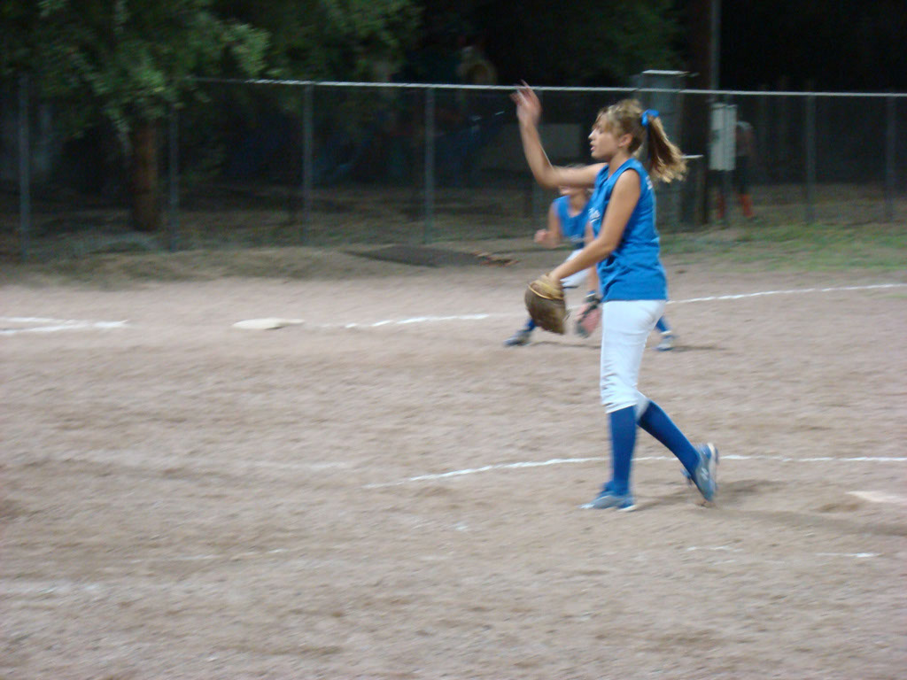 Girls-Fastpitch-Softball_049