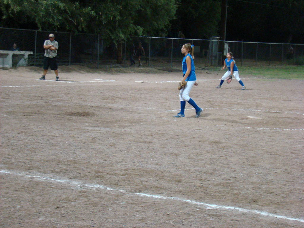 Girls-Fastpitch-Softball_051