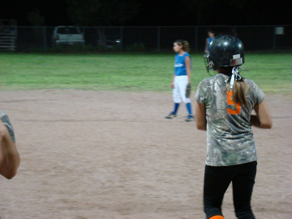 Girls-Fastpitch-Softball_060