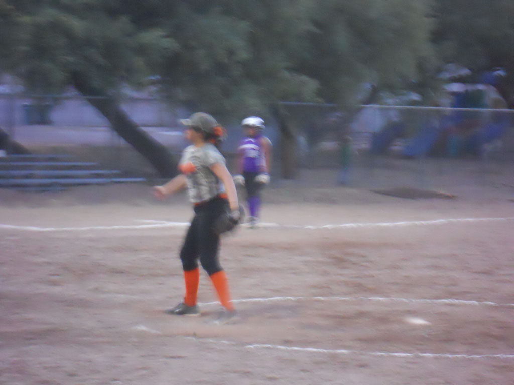 Girls-Fastpitch-Softball_095