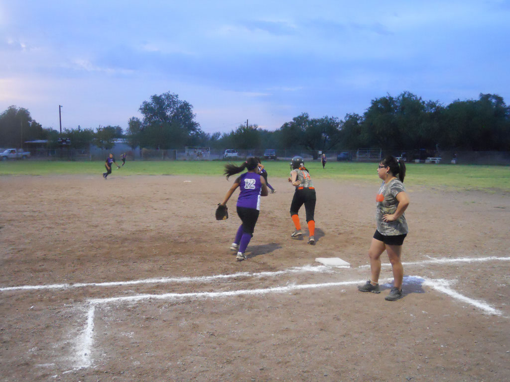 Girls-Fastpitch-Softball_103