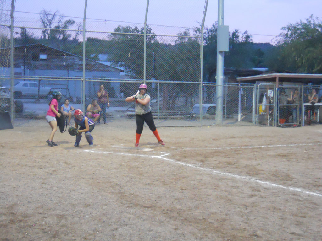Girls-Fastpitch-Softball_107