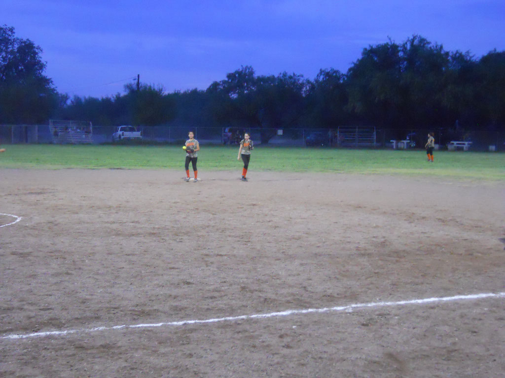 Girls-Fastpitch-Softball_117