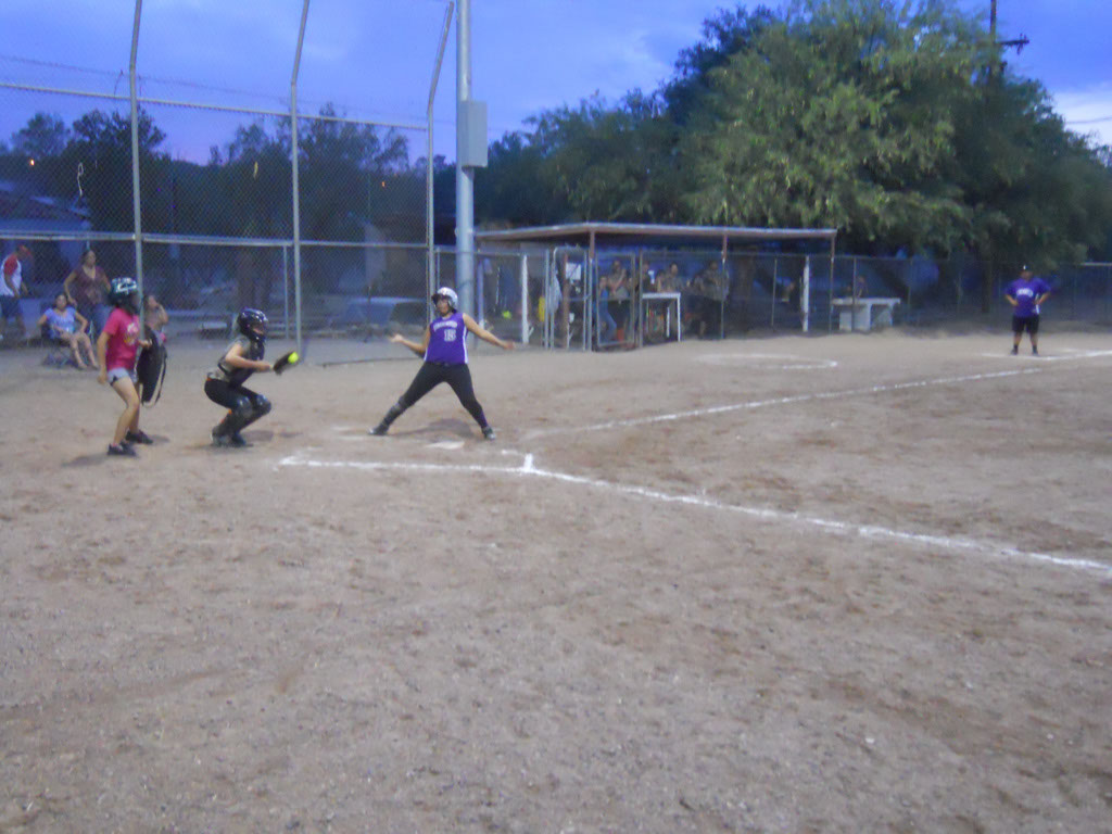 Girls-Fastpitch-Softball_119