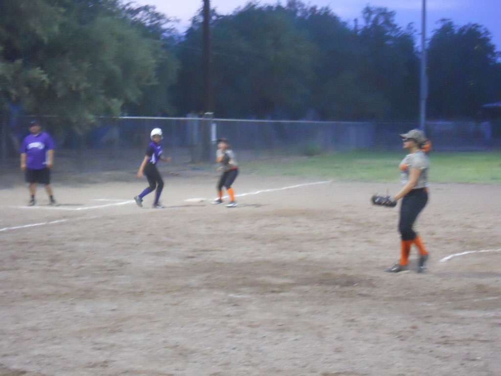 Girls-Fastpitch-Softball_122