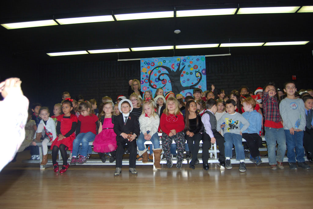 Oracle Ridge Pre-School Kindergarten Students Perform at Mt. Vista_003
