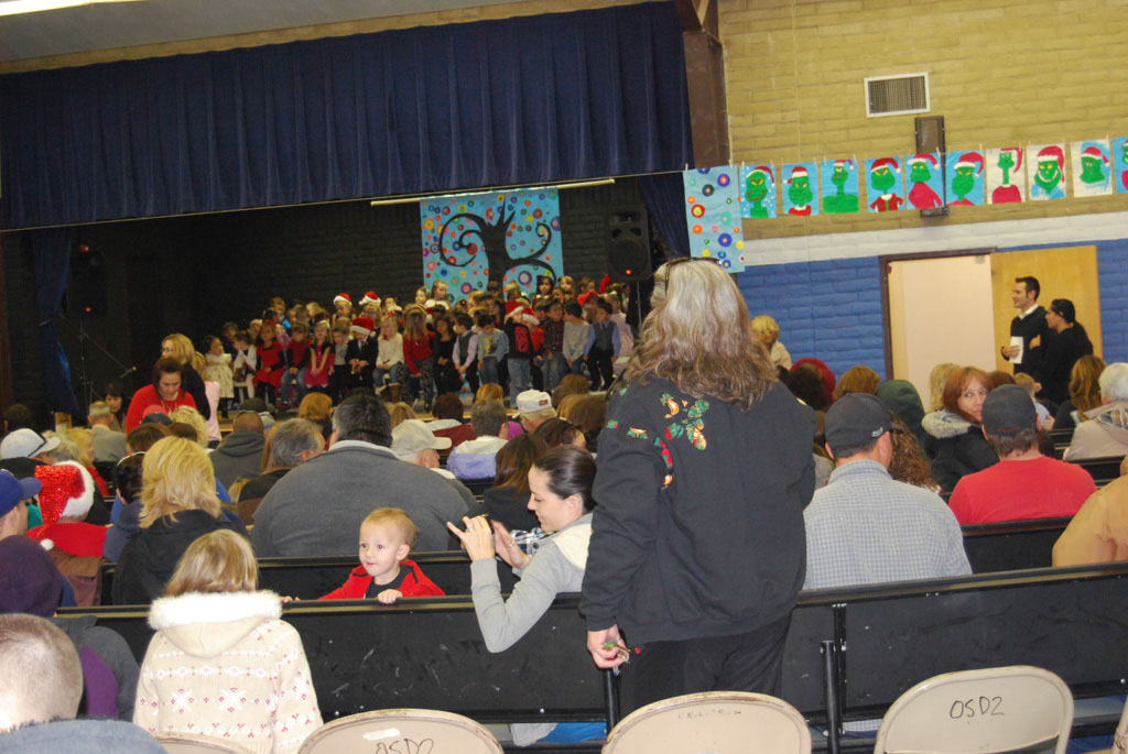 Oracle Ridge Pre-School Kindergarten Students Perform at Mt. Vista_006