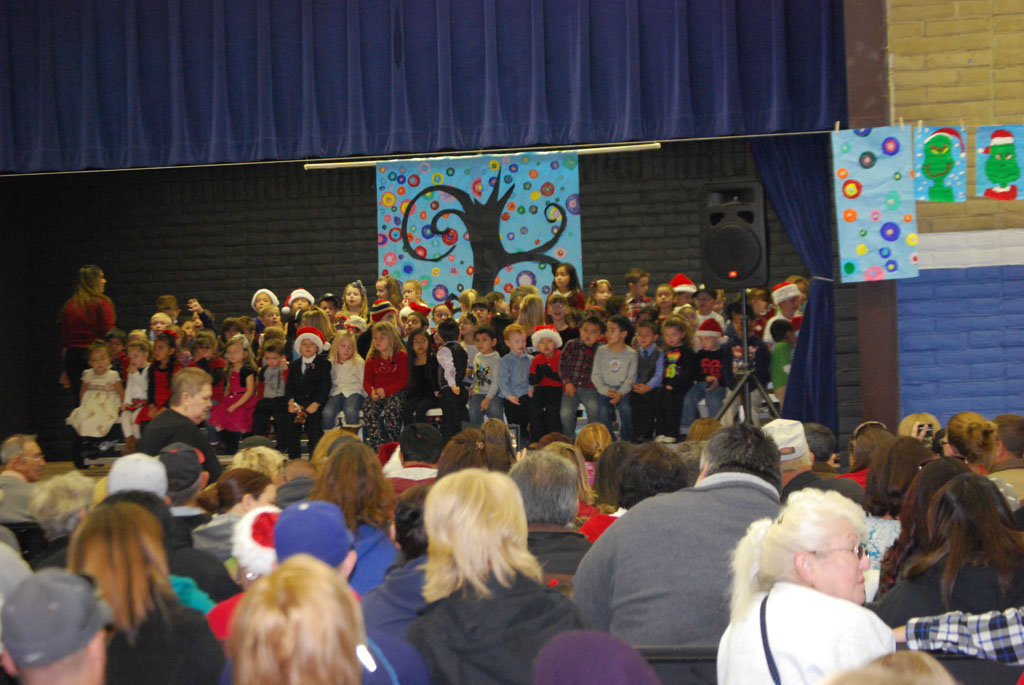 Oracle Ridge Pre-School Kindergarten Students Perform at Mt. Vista_012