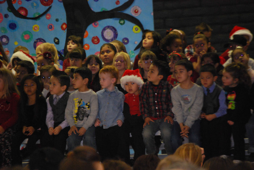 Oracle Ridge Pre-School Kindergarten Students Perform at Mt. Vista_013