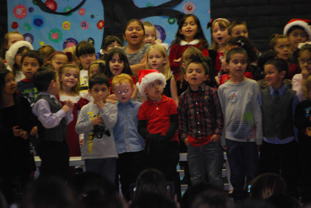 Oracle Ridge Pre-School Kindergarten Students Perform at Mt. Vista_017