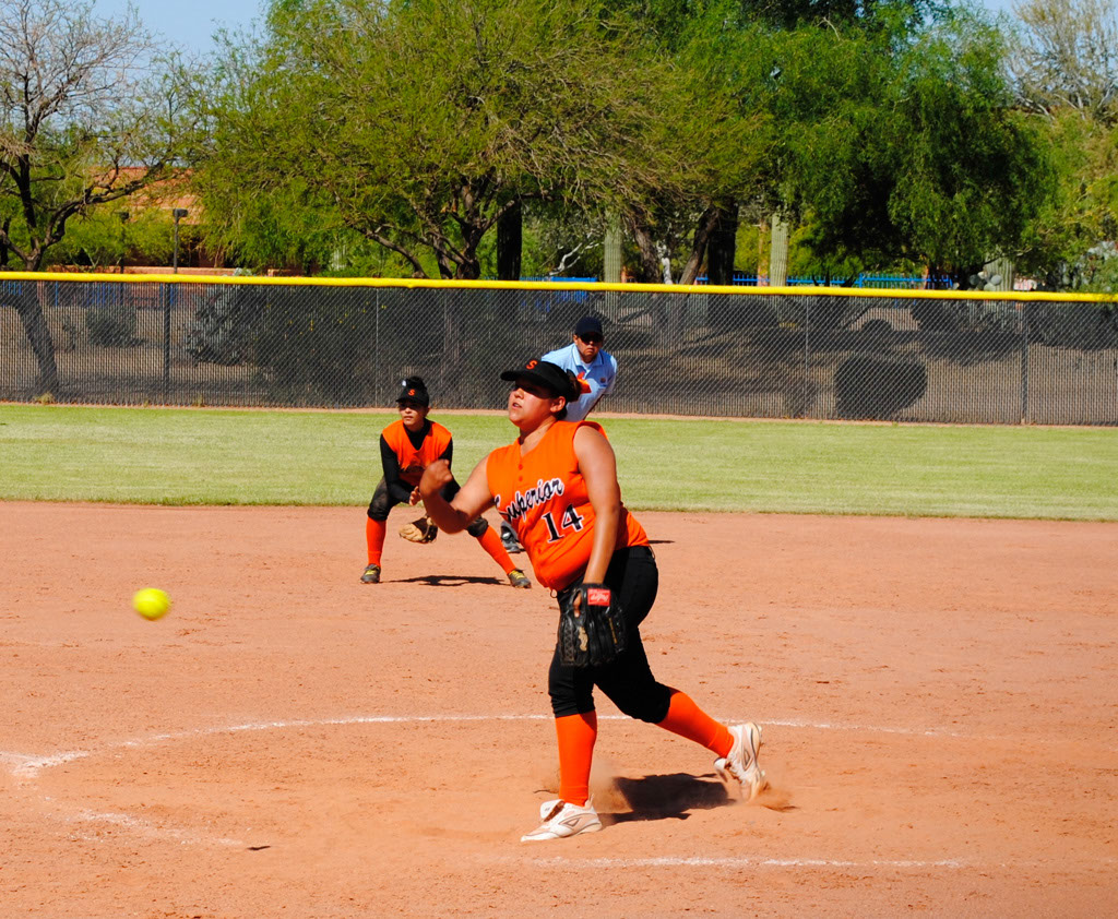 lady-panthers-ivie-lopez-throws-a-pitch