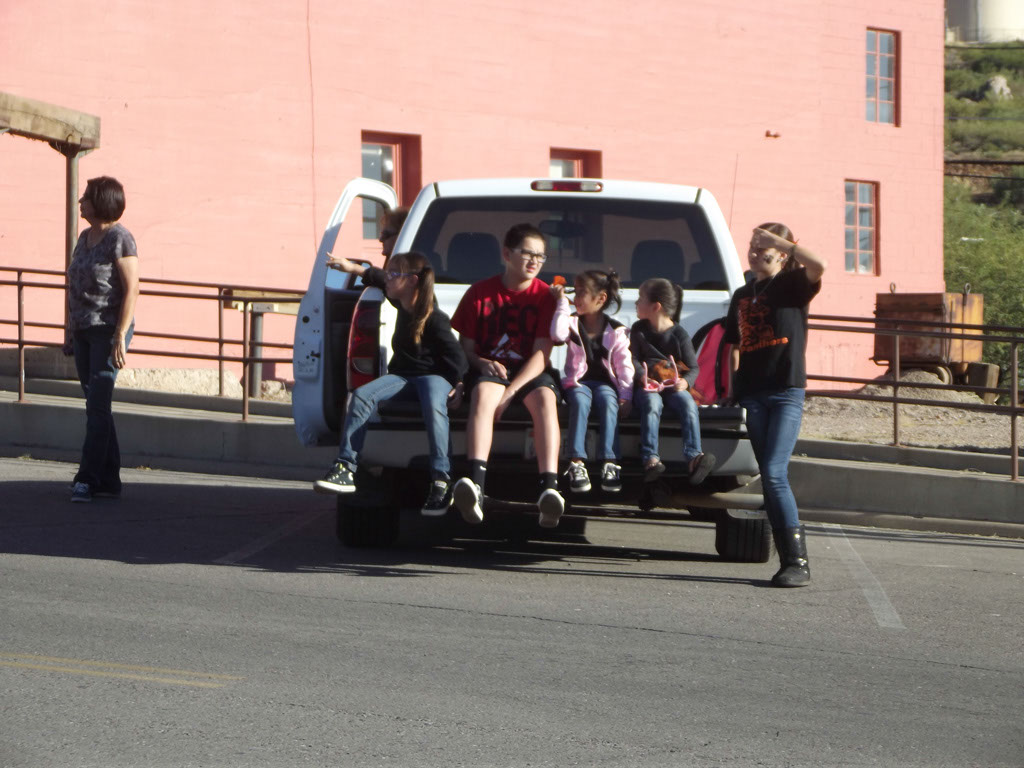 Superior-Homecoming-Parade-2013_012