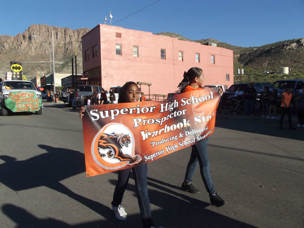 Superior-Homecoming-Parade-2013_125