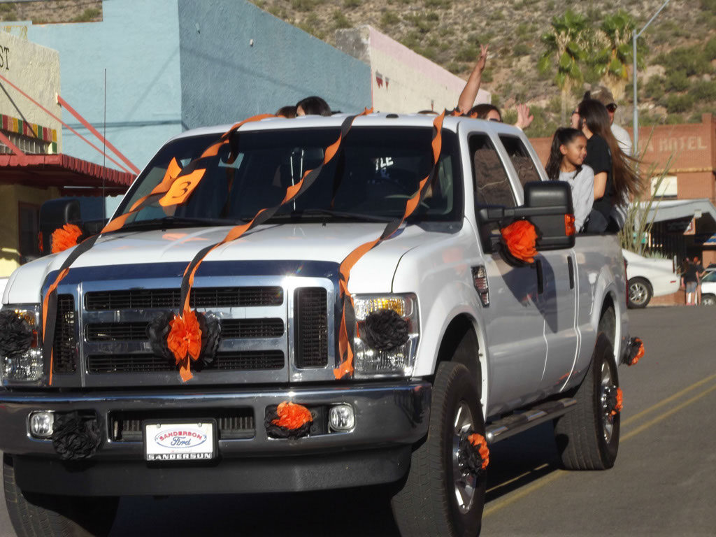 Superior-Homecoming-Parade-2013_133