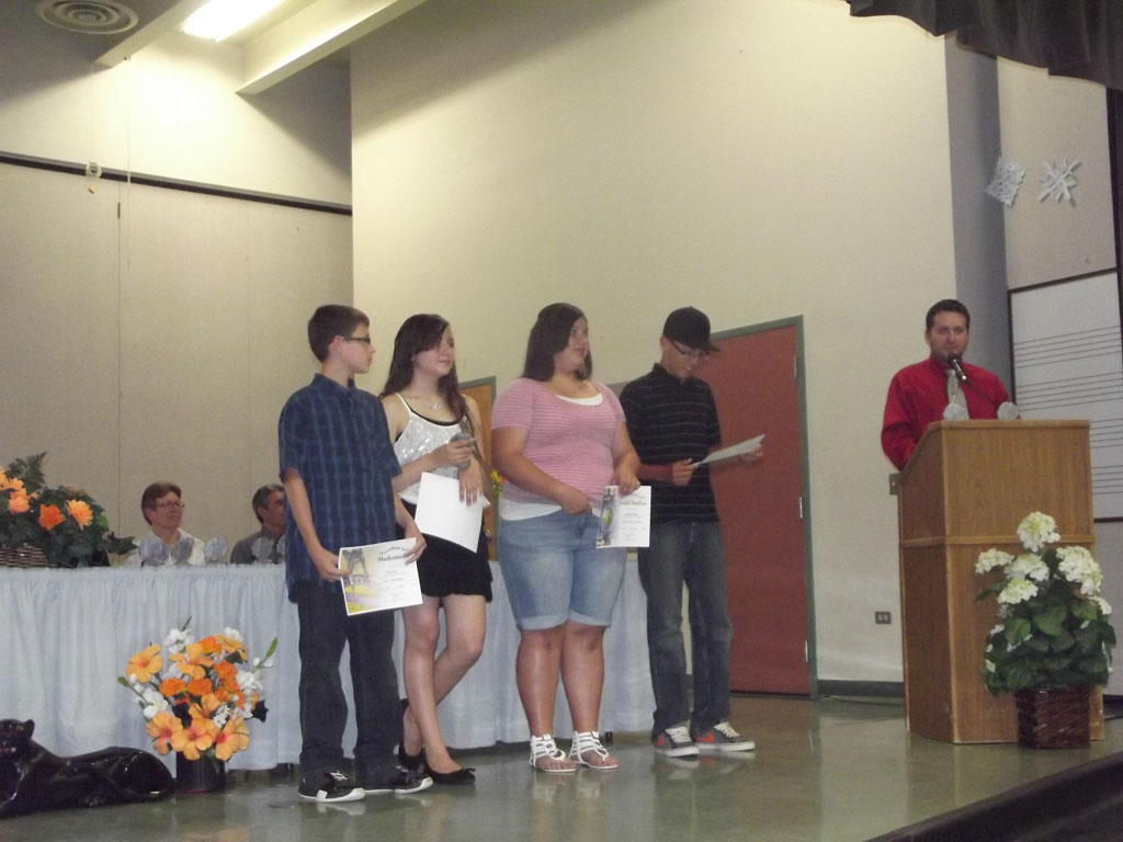 Honors Assemblies-Cinco 038