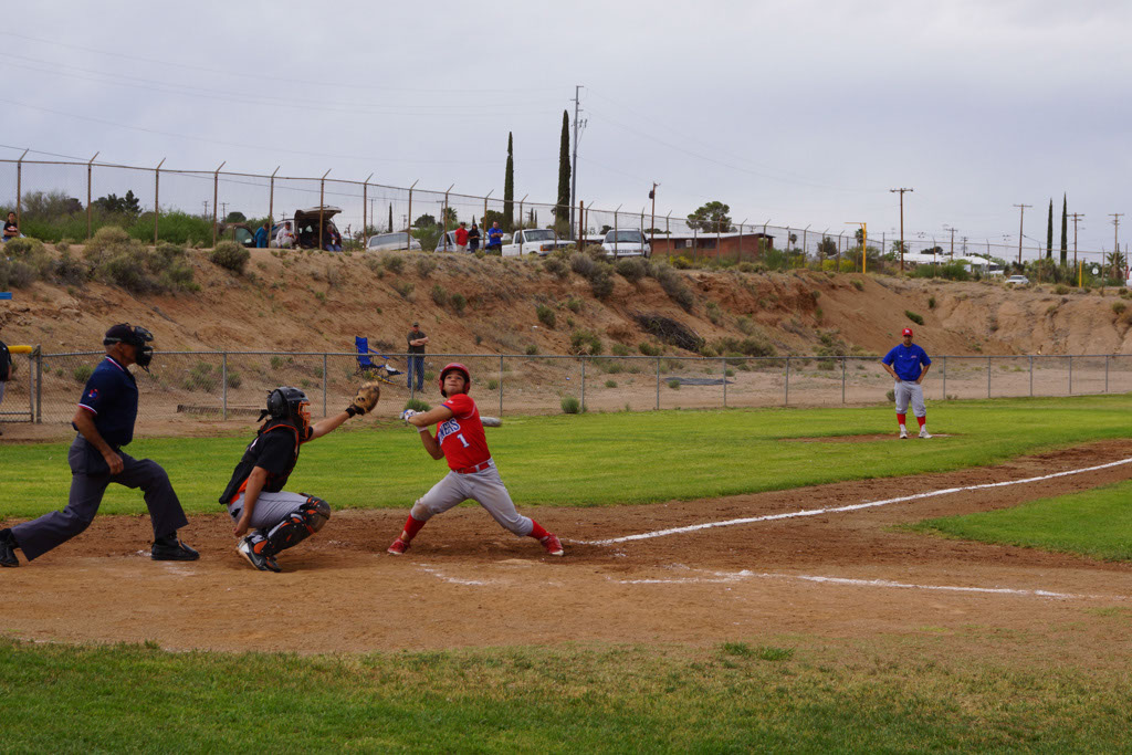 Superior_vs_San_Manuel_Baseball_2014_001