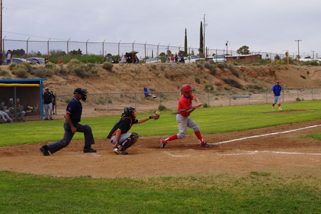 Superior_vs_San_Manuel_Baseball_2014_003